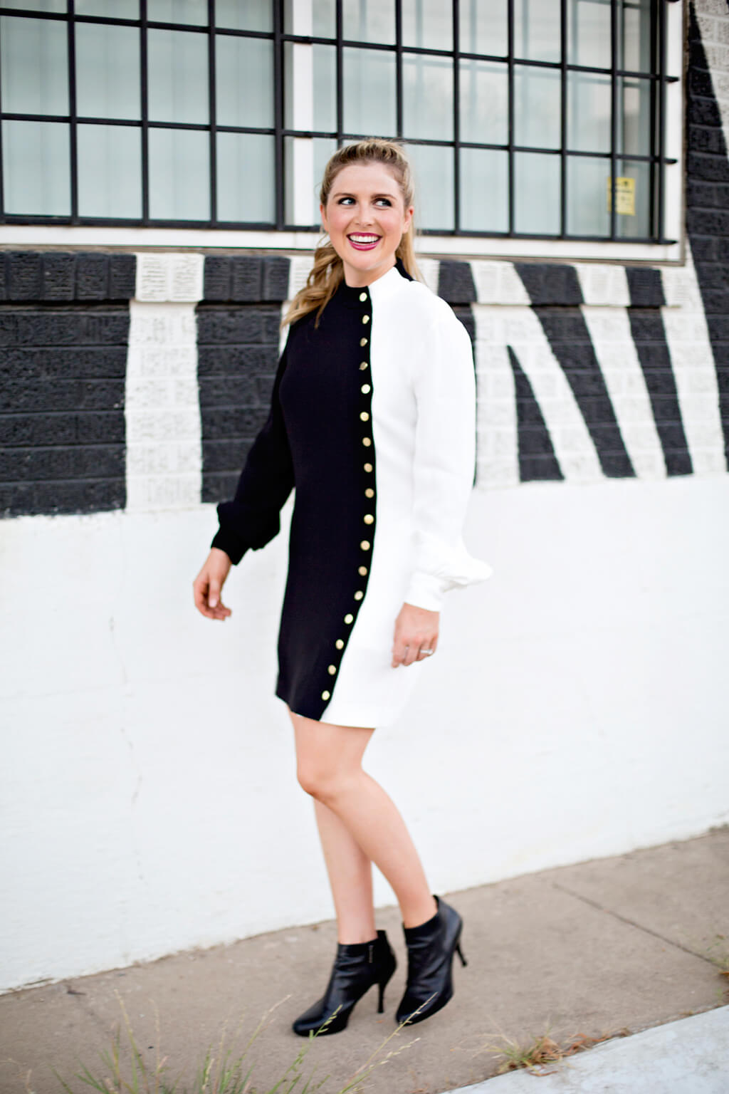 Black and White Dress // Rachel Zoe // Fall Fashion // www.https://www.thehisfor.com