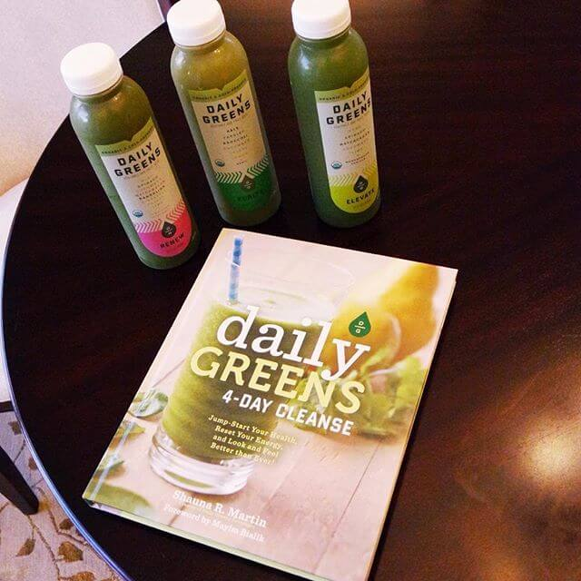 Daily Greens Juice Cleanse // www.https://www.thehisfor.com