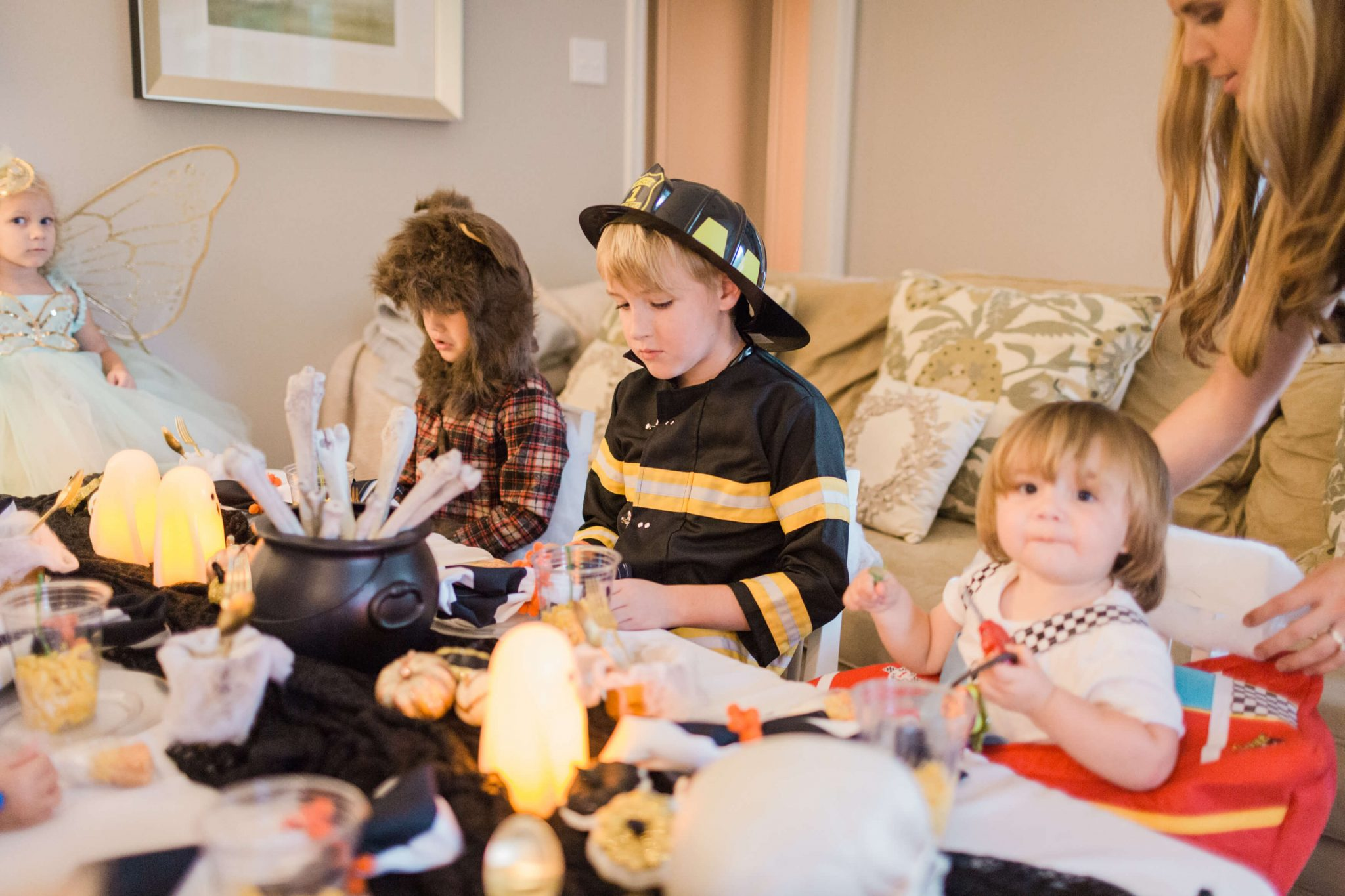 Halloween Party Ideas // www.https://www.thehisfor.com